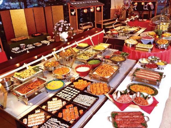 cach-set-up-ban-tiec-buffet-10