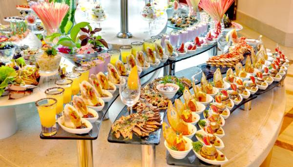 cach-set-up-ban-tiec-buffet-13
