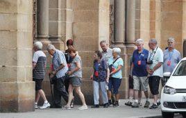 Tâm lý khách du lịch Đức và Cách giao tiếp với người Đức