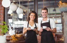 Hiểu đúng về phục vụ là gì? Công việc nhân viên phục vụ như thế nào?
