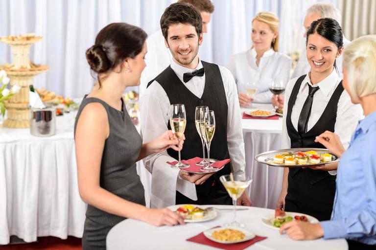 waitress-la-gi