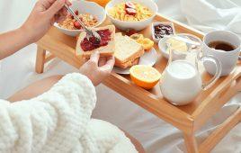 Breakfast là gì? Những tiện ích bất ngờ của Bed and Breakfast