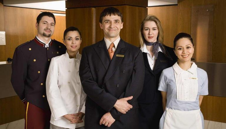 Nguồn nhân lực quản trị khách sạn