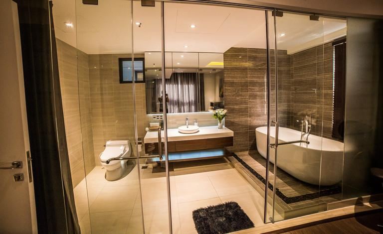 Nhà vệ sinh khách sạn 5 sao